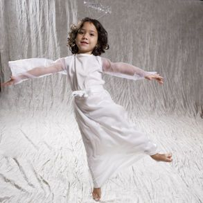 Angel costume and halo for kids.