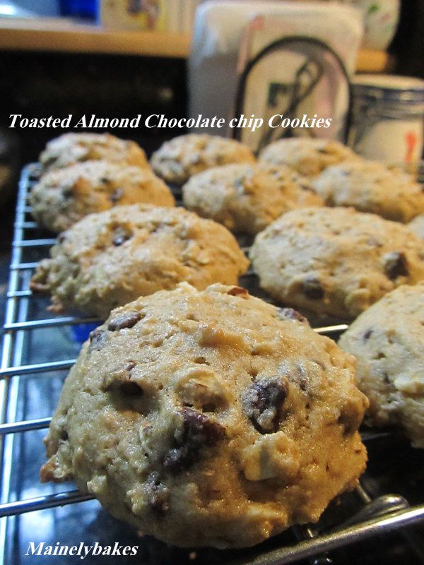 Toasted Almond choc chip cookies | Mainelybakes | Pinterest