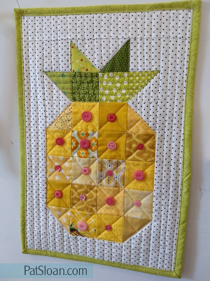 Pat Sloan Interview With Jackie Padesky Link To Free Pineapple Quilt Block Quilting Projects Pineapple Quilt Block Mini Quilt Patterns