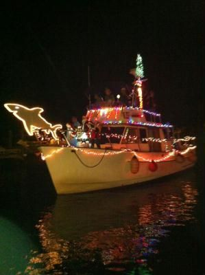 Fort Myers Beach Events | The CatchThe Catch   25th Annual Fort Myers Beach  Christmas Boat