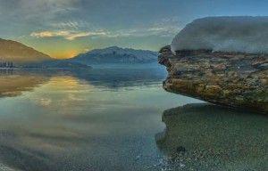 Ένα βότσαλο στη λίμνη. Το ξύπνημα από την υπαρξιακή ακινησία