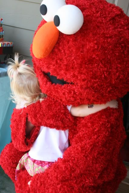 Kayce is all about Elmo