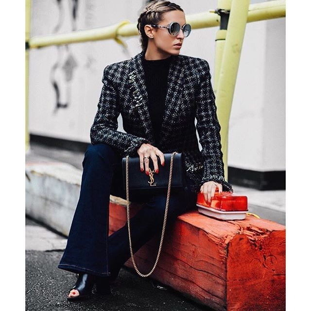 Dune London Instagram - Shop Octavia #dunelodnon #startwiththeshoes #ladies #black #peeptoe #flared #heel #ankle #boots