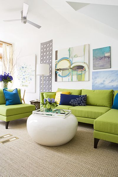 This is a fabulously fresh design with vibrant colors that ground the room. Its such a nice balance as your eye smoothly flows through the room. I love this color combination.