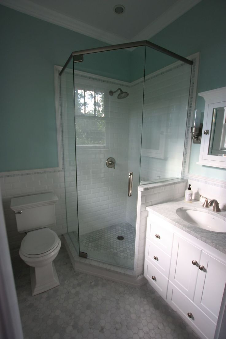 Best 25 small bathroom remodeling ideas on pinterest for Cool master bathrooms