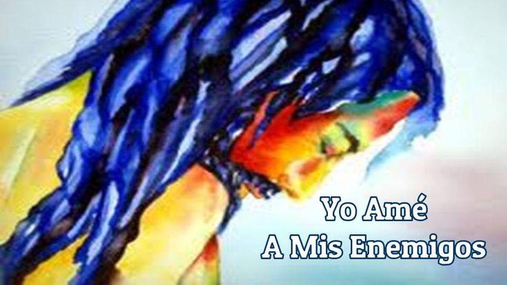 Sigamos el ejemplo de Jesús, quién nunca usó, ni apoyó la violencia.  Dichosos los que trabajan por la paz, porque serán llamados hijos de Dios. Mateo 5:9   Jesús te dice hoy: Cuando amas a tu prójimo, aunque sea tu enemigo, desatas el Poder del Reino de Luz y Amor, de Tu Padre celestial. Esto puede  tener dos resultados: que tu enemigo sea derrotado, o que ambos sean victoriosos. No desees el bien para ti y el mal para tu enemigo. Desea, ora y lucha por el bien de todos.