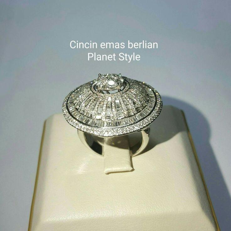 New Arrival🗼. Cincin Emas Berlian Planet Style💍💎.   🏪Toko Perhiasan Emas Berlian-Ammad 📲+6282113309088/5C50359F Cp.Dewi👩.  https://m.facebook.com/home.php  #investasi #diomond #gold #beauty #fashion #elegant #musthave #tokoperhiasanemasberlian