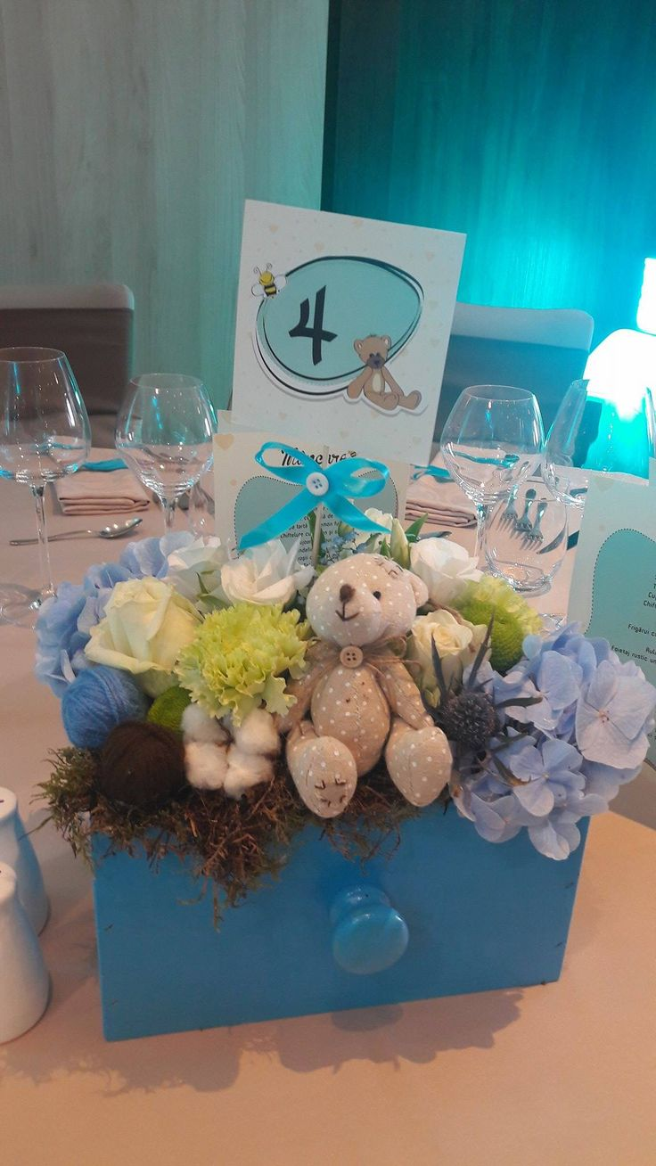 table decoration. flowers & sweet little bears