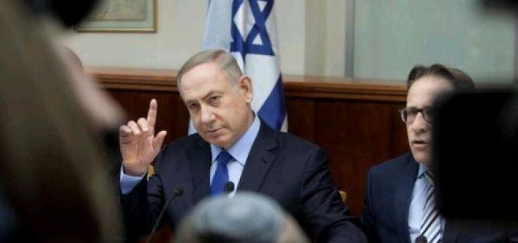 "Israel Jangan Ngotot Hormati Keputusan DK-PBB  KONFRONTASI- Israel diminta untuk menghormati resolusi Dewan Keamanan (DK) PBB terkait dengan permukiman ilegal. Partai Hijau Amerika Serikat (AS) pun meminta Israel memikirkan ulang sikap mereka terhadap PBB.  ""Sangat penting bagi Israel untuk menghormati aspirasi umum dari masyarakat internasional Seperti China katakan ini bukan merupakan penolakan hak Israel untuk eksis dalam batas aman tetapi hanya kritik dari kebijakan yang menghalangi…"
