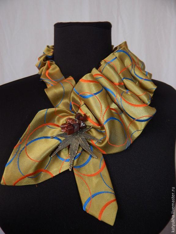 Купить колье из мужского галстука - разноцветный, колье ручной работы, винтажные украшения, винтажный стиль