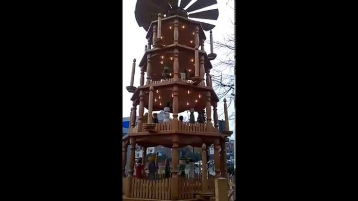 Christmas Pyramid in Wesel 2015