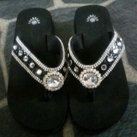 FINAL SALE DAY-- Isabella Bling Sandals LIKE NEW--Worn once Shoes Sandals