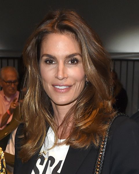 Cindy Crawford Long Wavy Cut Long Hairstyles Cindy
