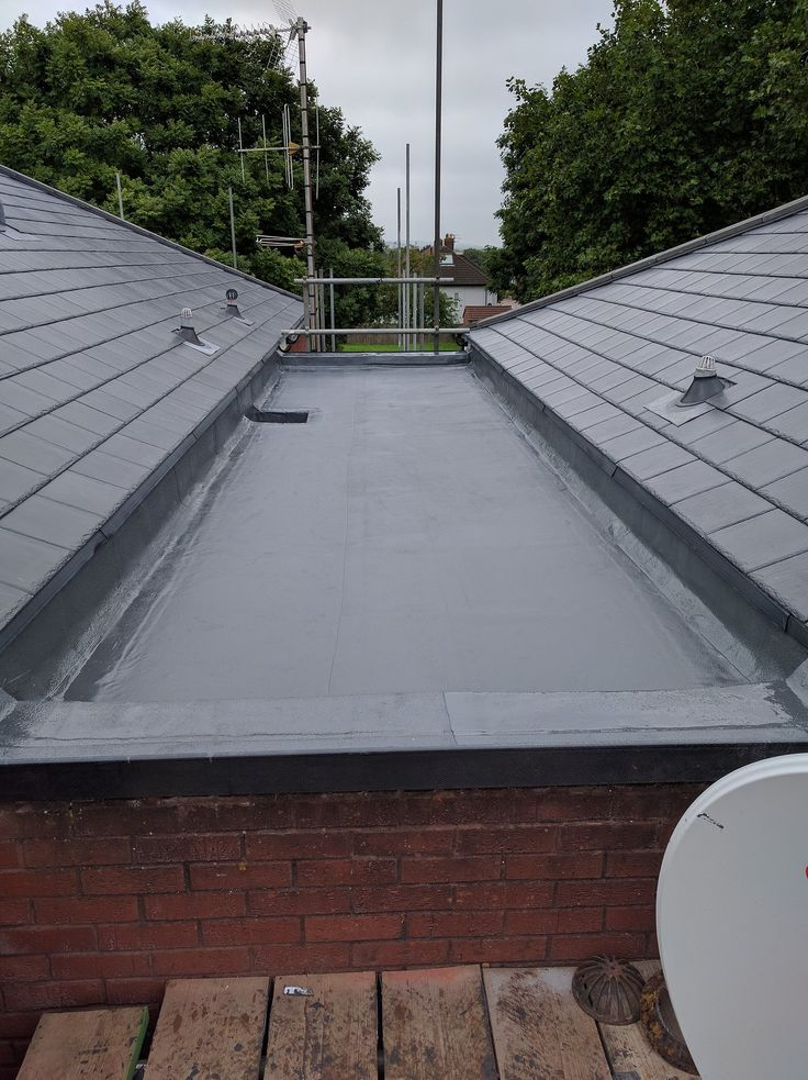 Liquid Roof From #Icopal products using Elastoflex overlay offering a 20 year warranty via approved installers. Feltfab Ltd are an approved installer