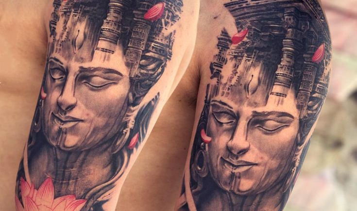 We are the most rated Best Tattoo Studio in Mumbai / India. We are team of highly creative, award winning tattoo artists and illustrators in India