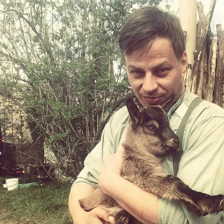 Cute photo of Tom Wlaschiha in Croatia! @tomwlaschiha IG Organising lunch for Easter ....check ✔️ #bijegdomora #escapetothesea #istria #croatia #newfilm