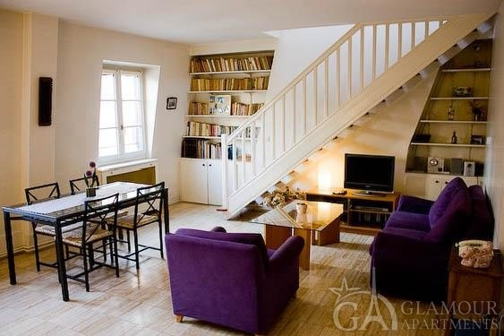 Comfortable spacious Paris 1-bedroom duplex for rent at Rue de Bassano
