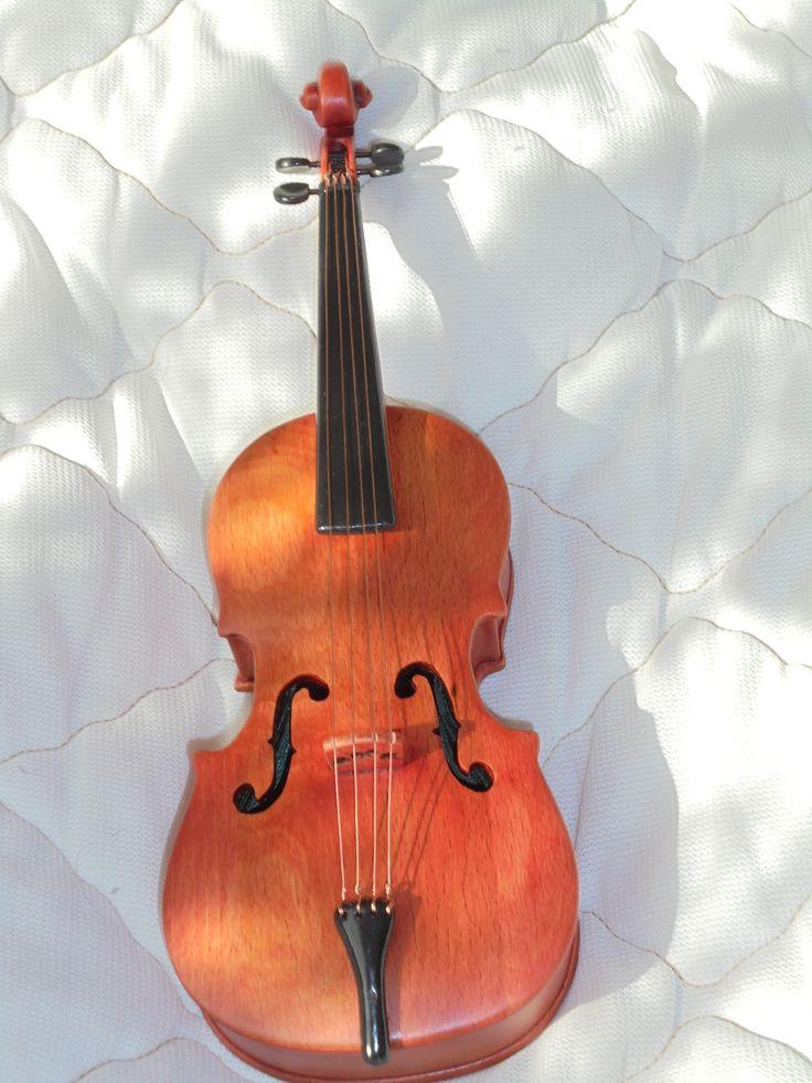 Подарок жене. Скрипка-шкатулка