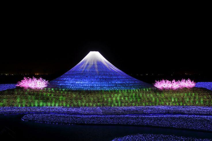 2013 なばなの里 ウインターイルミネーション「冬華の競演」 今回のテーマは 祝・世界遺産 富士 #なばなの里 #イルミネーション #富士山 #mtfuji #japan
