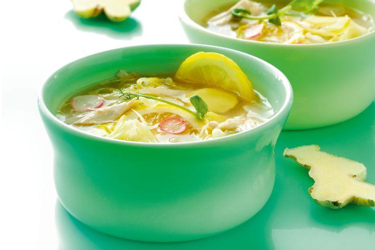 Det här är en supergod och sund soppa med ingefära och massor av grönsaker.