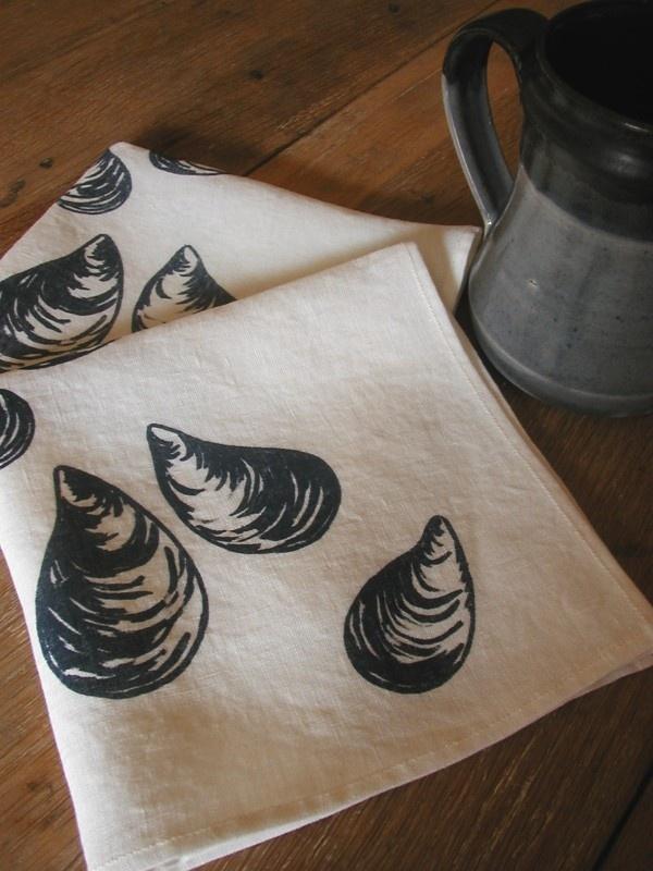 Organic Linen Napkins - Mussels