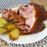 Recept : Pečené medové uzené koleno s brambory | ReceptyOnLine.cz - kuchařka, recepty a inspirace