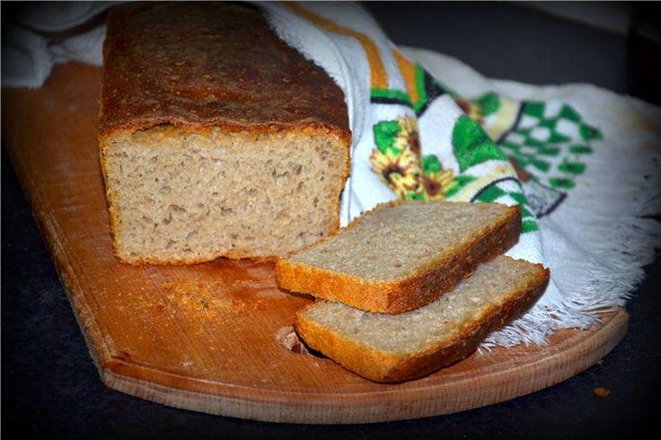 Моя новая слабость - выпечка хлеба. Вот я таки набралась духу и сделала закваску, и испекла на ней ржаной хлеб. Да, самый простой, без выкрутасов и прочего. Но какой…