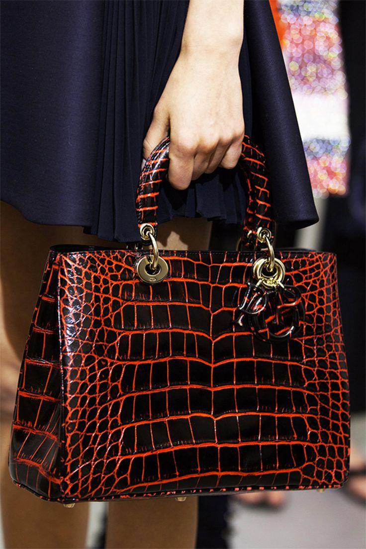 Défilé Croisière 2016 / PRÊT-À-PORTER / Femme / Dior Site Officiel