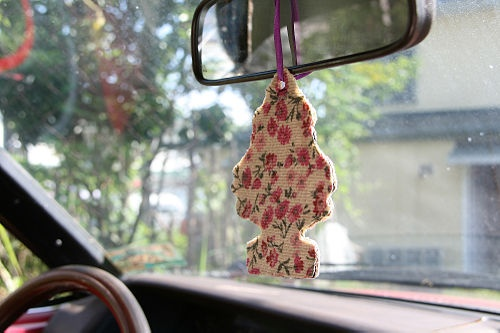 How to Make a Car Air Freshener: 11 steps (with pictures). Gotta try this with my youngest.