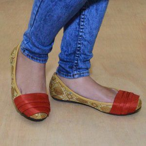 The Warna Shoes – Songket Emas