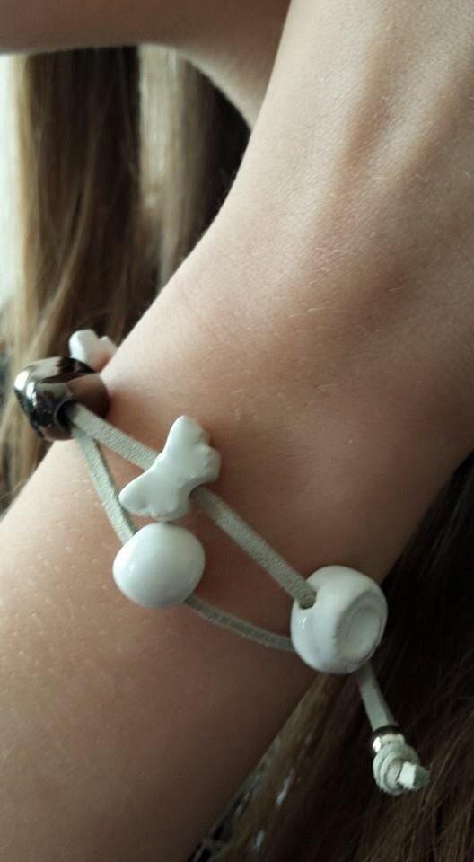 Double White bracelet di leceramichediro su Etsy