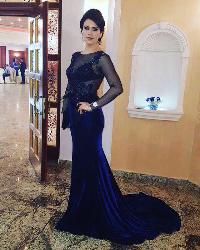 Frumoasa noastra Ana Maria <3 Iti multumim pentru fotografie! #customdress #custom #dress #luxury #luxurydress #velvet #navy #sparkles #swarovski #crystals #womensfashion #redcarpetdress #womaninlove #brasov #margo #margoconcept