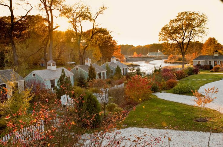 fall+in+New+England+inns | Cozy Up to New England's Farmhouse Cottages This Fall | Luxury ...