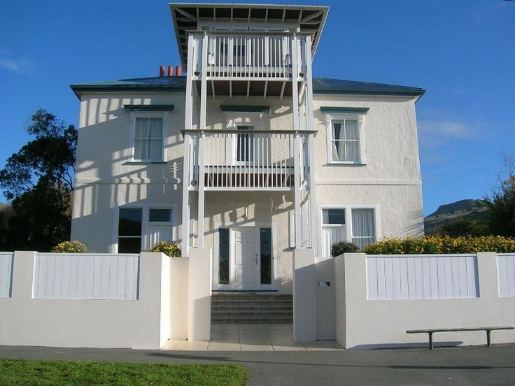Christchurch Abbott House Sumner Bed & Breakfast New Zealand, Pacific Ocean and Australia Located in Sumner, Abbott House Sumner Bed & Breakfast is a perfect starting point from which to explore Christchurch. The hotel offers a wide range of amenities and perks to ensure you have a great time. Service-minded staff will welcome and guide you at the Abbott House Sumner Bed & Breakfast. All rooms are designed and decorated to make guests feel right at home, and some rooms come wi...