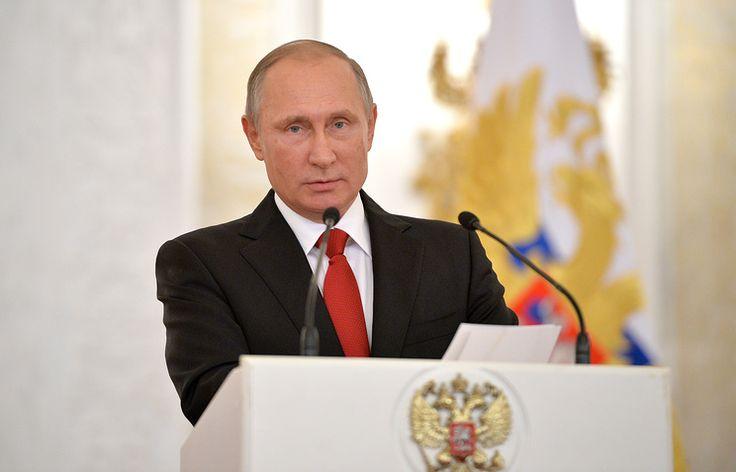 Путин выразил соболезнования семье органиста Гродберга   11 ноября, 17:55   http://tass.ru/kultura/3777420