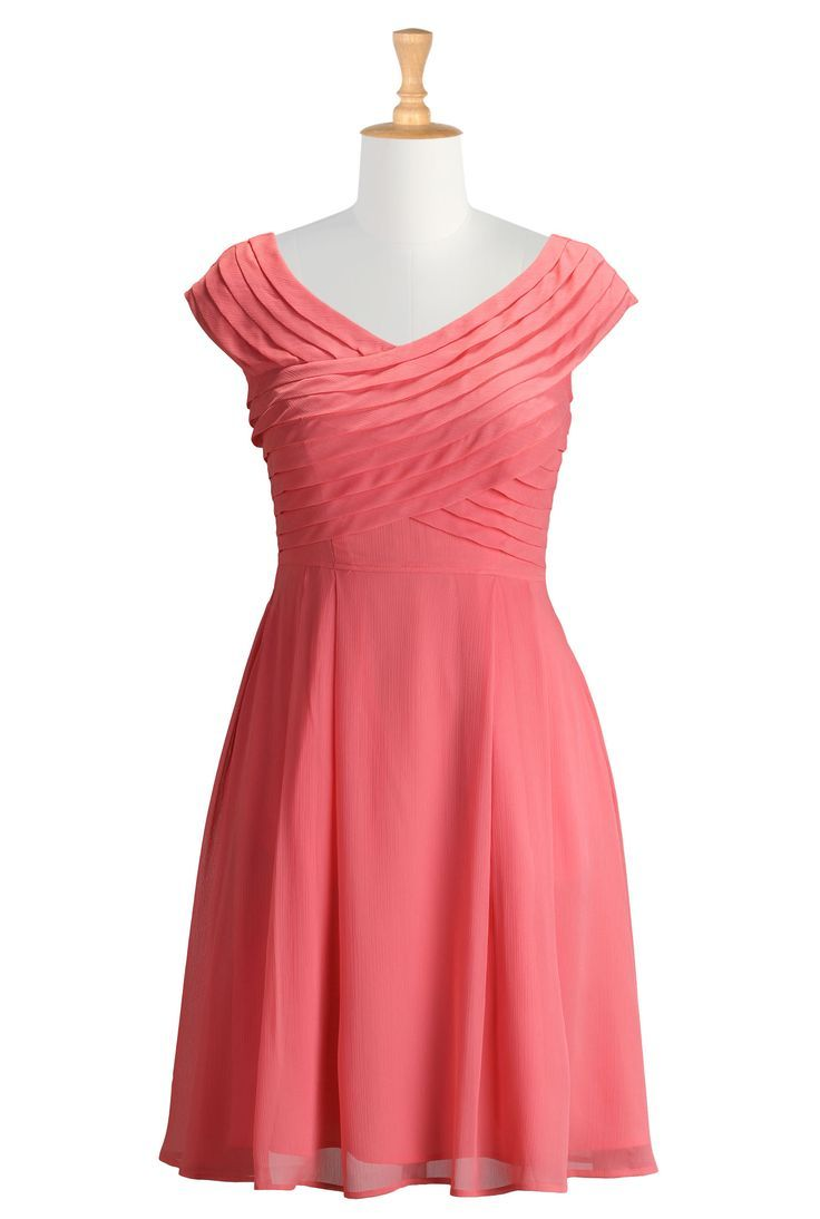 461 best images about fashion update on pinterest plus for Plus size coral dress for wedding
