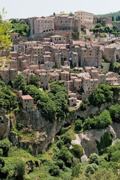 The ancient medieval hill town of Sorano in the province of Grosseto, southern Tuscany, Italy.