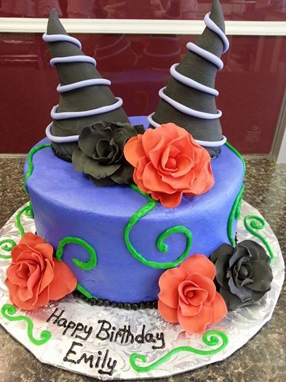Maleficent Cake www.GGCupcake.com