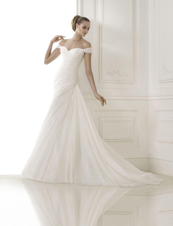 fff3325b18b4 Askepot Brudekjoler KALANIT Wedding Inspiration t