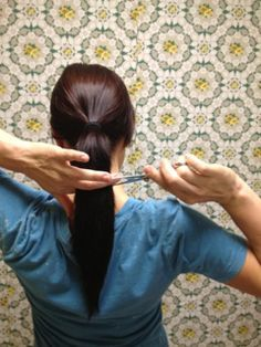 5 DIY haircuts....so easy I just did number 5 and I love it. It may be a bit premature to say so....but thinking I may not be paying for any more haircuts!!