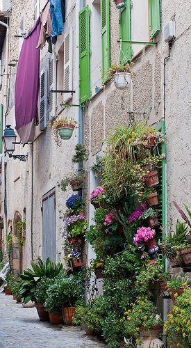 Biot village, Provence Cote d'Azur