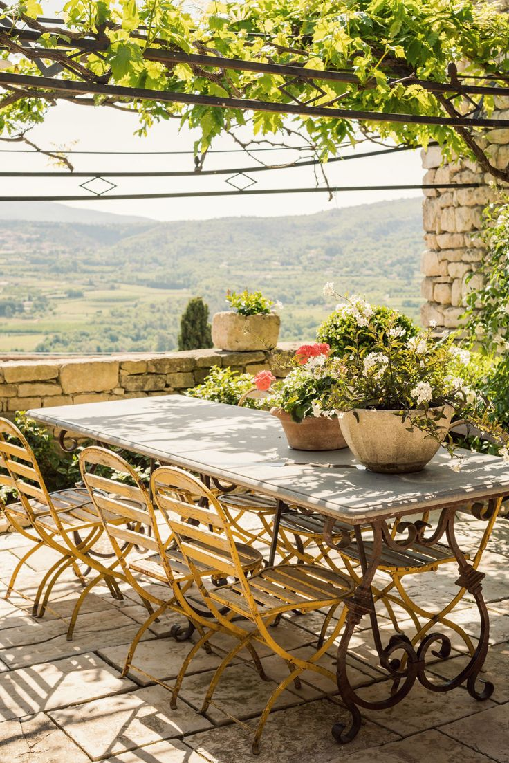 Snapshots from Provence