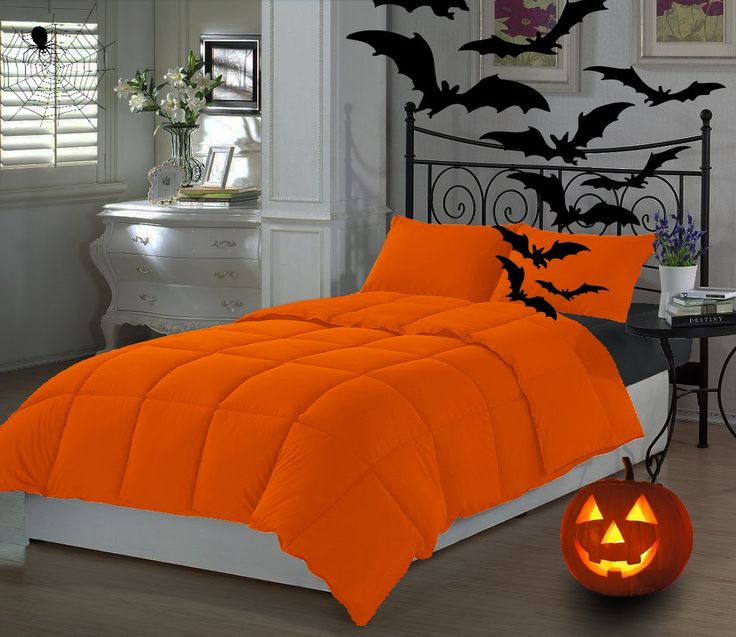 Samhain Evening Post - halloweentrickortreat: Halloween bedding