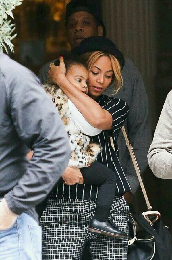 Beyoncé Blue & Jay - A Lovin Protective Mother