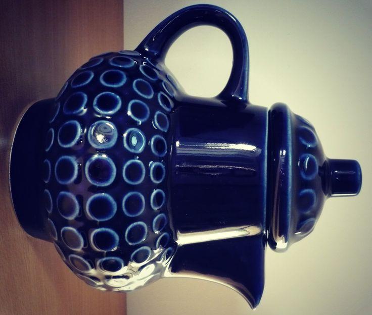 Théière ceramique Torgau Rusalka année 60 vernis bleu cobalt design RDA de la boutique SaintFrusquin sur Etsy
