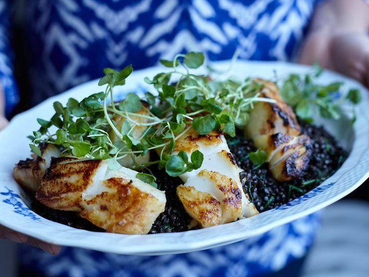 Black cod - misomarinerad torsk med svarta belugalinser | Recept från Köket.se