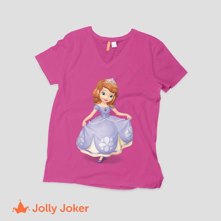 Las princesas  es lo mas fascinante para las niñas! Un cumpleaños con una temática, un regalo, una sorpresa, darle una camiseta personalizada de su caricatura favorita les encantara! crea y diseña tus camisetas como quieras :D
