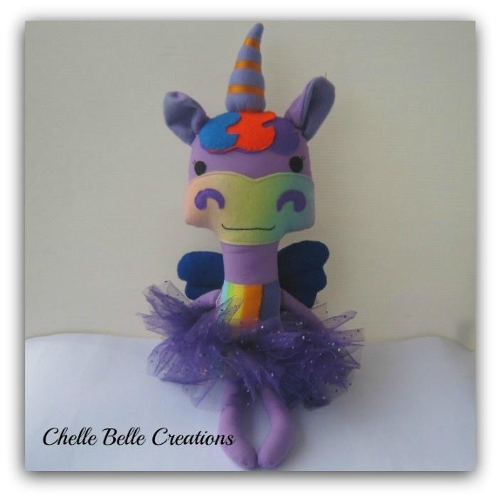 Unicorn Softie    Pattern by Dolls & Daydreams  www.madeit.com.au/chellebelle