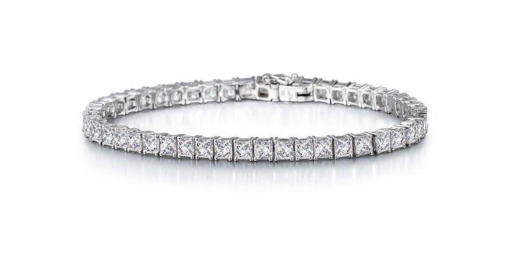 A diamond tennis bracelet never goes out of style. #Wedding #Jewellery #Diamonds