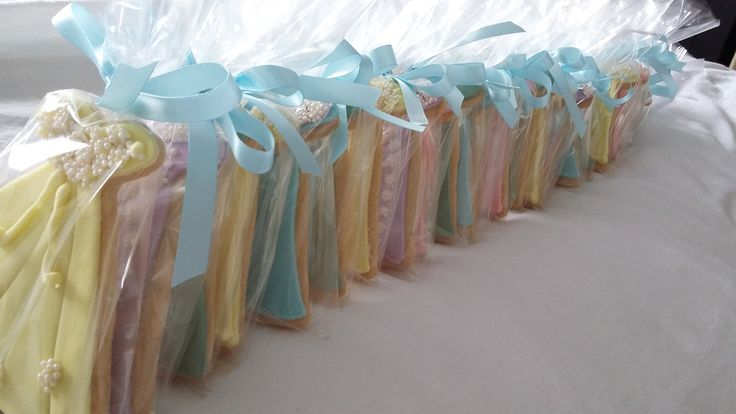 Pastel Wedding Dress Biscuits perfect for #henparty and #weddingshower